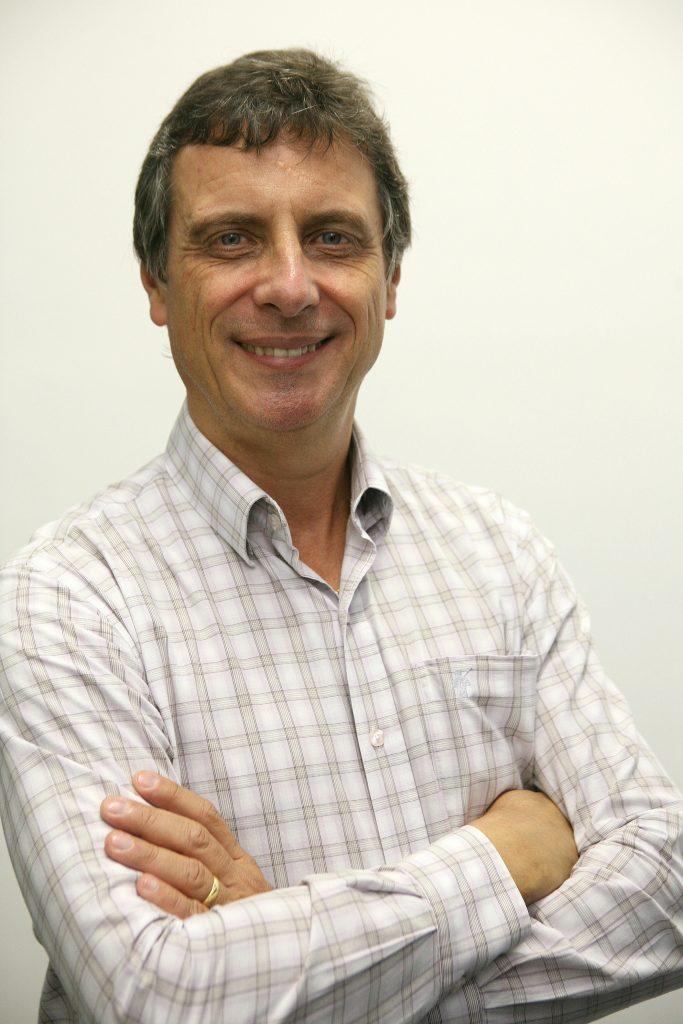 Prof. Clovis Alvarenga