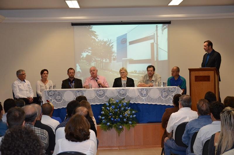 Cerimônia de entrega do Certificado ISO 9001 em Itapira