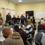 Fundação Porta Aberta inaugura laboratório de informática com apoio da Fundação Vanzolini