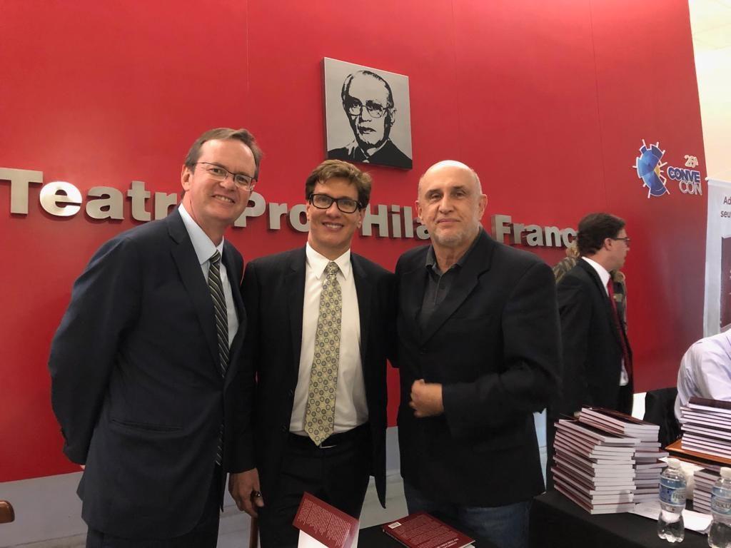 Presidente da Fundação Vanzolini participa de lançamento do livro 'Compliance no Terceiro Setor'