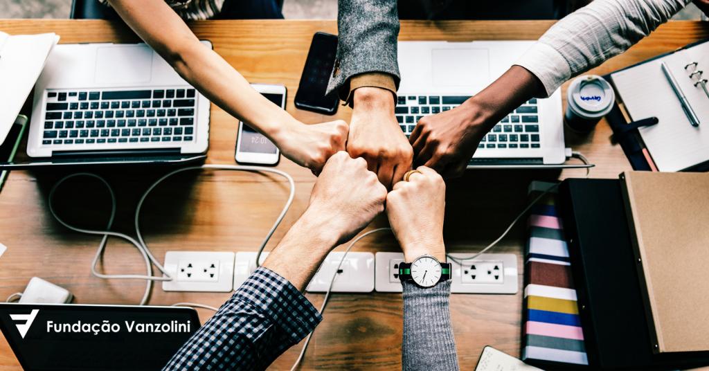 Processo de Lições Aprendidas: como organizações podem reduzir as chances de errar